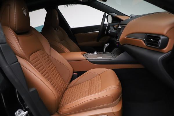 New 2021 Maserati Levante GTS for sale $139,585 at Bugatti of Greenwich in Greenwich CT 06830 26