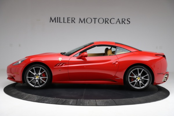 Used 2010 Ferrari California for sale $114,900 at Bugatti of Greenwich in Greenwich CT 06830 14