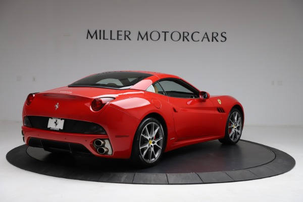 Used 2010 Ferrari California for sale $114,900 at Bugatti of Greenwich in Greenwich CT 06830 16