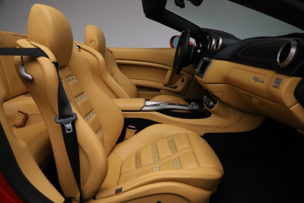 Used 2010 Ferrari California for sale $114,900 at Bugatti of Greenwich in Greenwich CT 06830 25