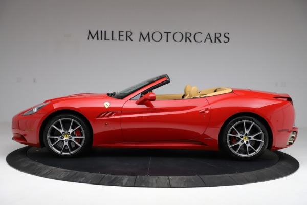 Used 2010 Ferrari California for sale $114,900 at Bugatti of Greenwich in Greenwich CT 06830 3