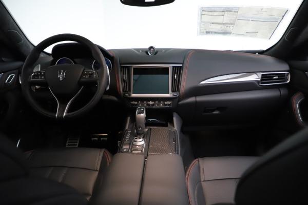 New 2021 Maserati Levante GTS for sale $135,485 at Bugatti of Greenwich in Greenwich CT 06830 17