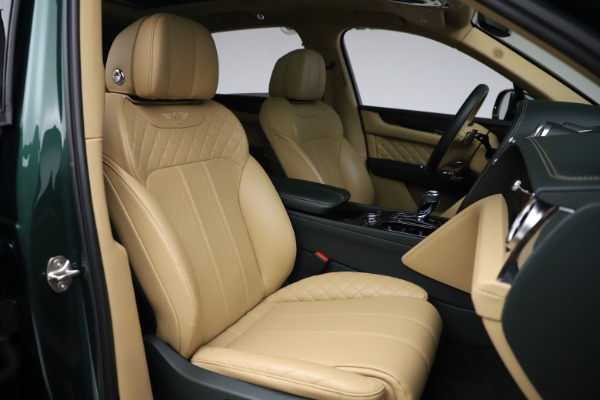 Used 2018 Bentley Bentayga W12 Signature for sale $159,900 at Bugatti of Greenwich in Greenwich CT 06830 26