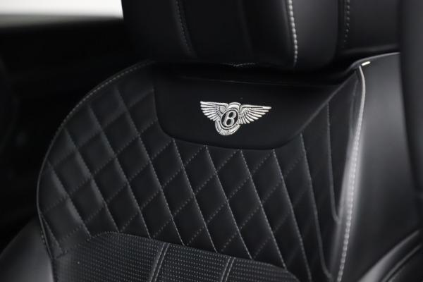 Used 2018 Bentley Bentayga W12 Signature for sale $153,900 at Bugatti of Greenwich in Greenwich CT 06830 21