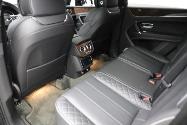 Used 2018 Bentley Bentayga W12 Signature for sale $153,900 at Bugatti of Greenwich in Greenwich CT 06830 22