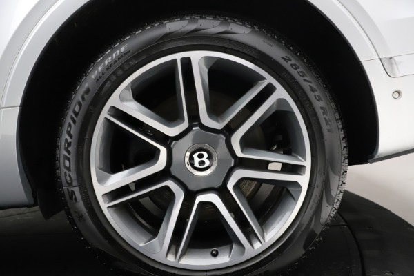 Used 2018 Bentley Bentayga Activity Edition for sale Call for price at Bugatti of Greenwich in Greenwich CT 06830 15