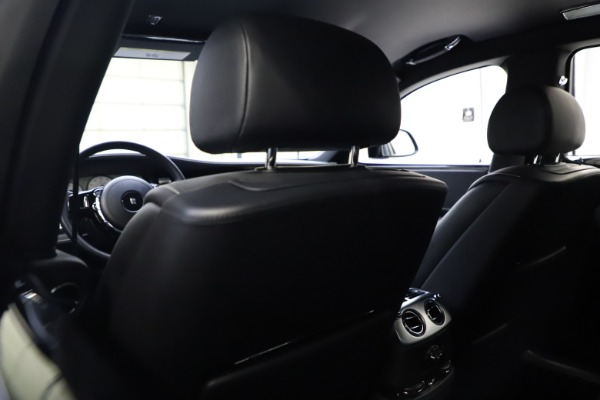 Used 2018 Rolls-Royce Ghost for sale $249,900 at Bugatti of Greenwich in Greenwich CT 06830 18