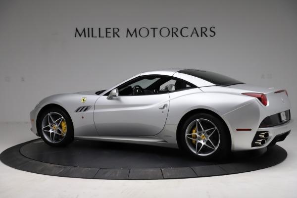 Used 2010 Ferrari California for sale $114,900 at Bugatti of Greenwich in Greenwich CT 06830 16