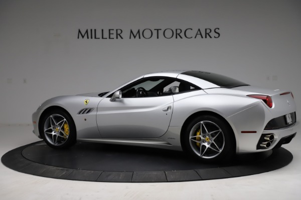 Used 2010 Ferrari California for sale $114,900 at Bugatti of Greenwich in Greenwich CT 06830 17