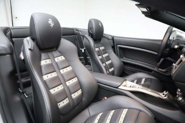 Used 2010 Ferrari California for sale $114,900 at Bugatti of Greenwich in Greenwich CT 06830 27