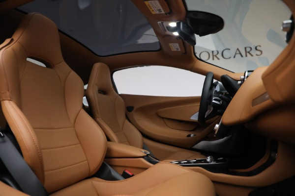 Used 2021 McLaren GT LUXE for sale Sold at Bugatti of Greenwich in Greenwich CT 06830 25