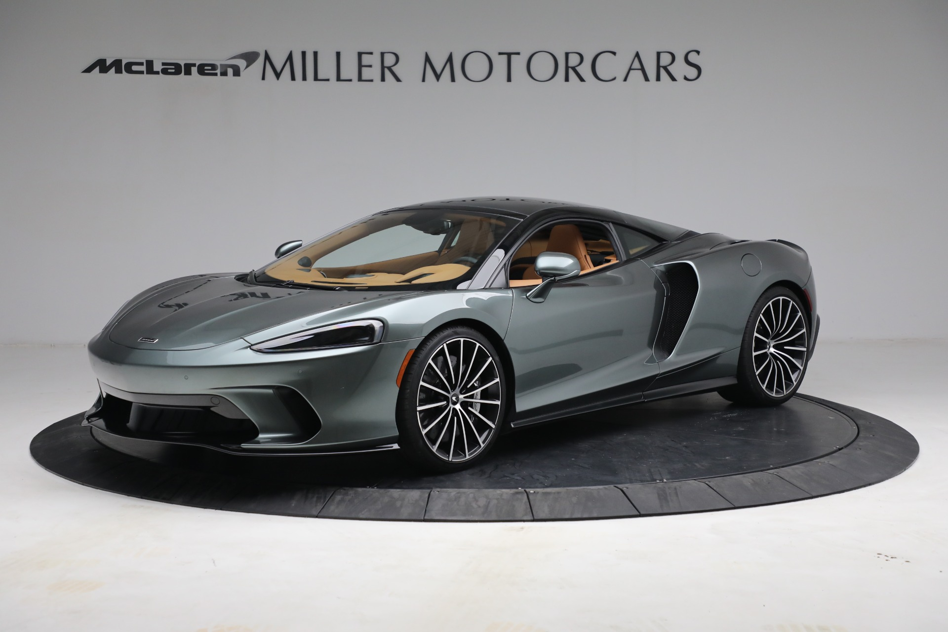 New 2021 McLaren GT LUXE for sale $214,005 at Bugatti of Greenwich in Greenwich CT 06830 1
