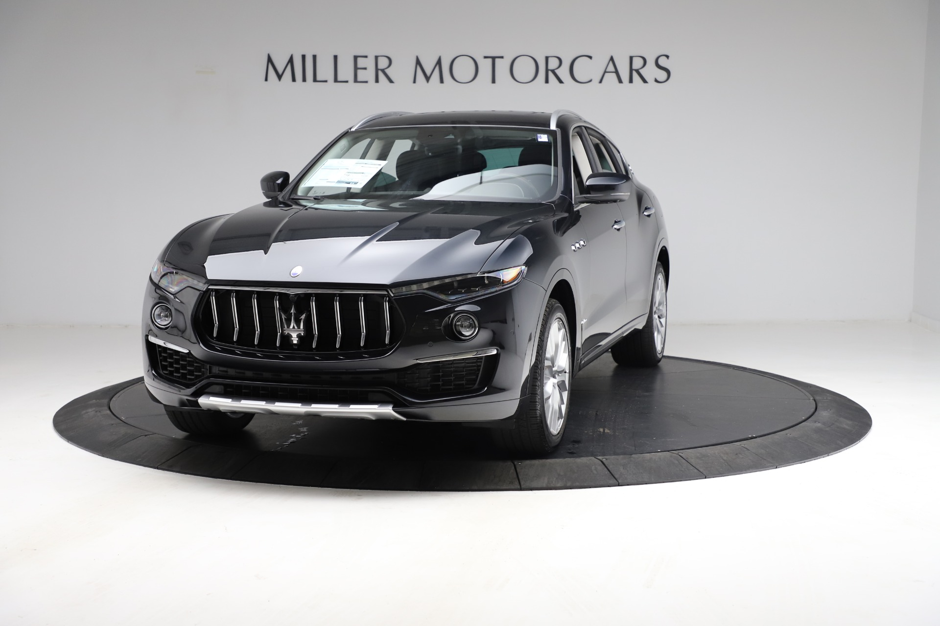 New 2021 Maserati Levante S Q4 GranLusso for sale $100,949 at Bugatti of Greenwich in Greenwich CT 06830 1