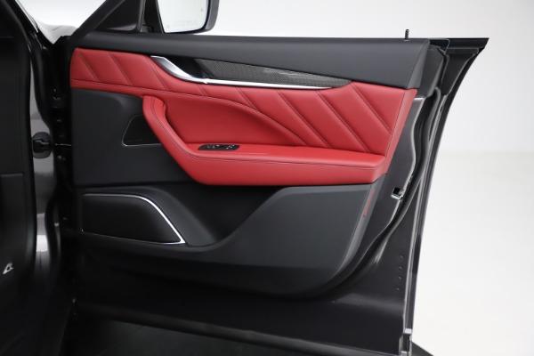 New 2021 Maserati Levante S Q4 GranLusso for sale $105,549 at Bugatti of Greenwich in Greenwich CT 06830 21