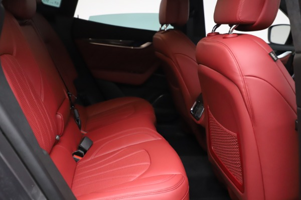New 2021 Maserati Levante S Q4 GranLusso for sale $105,549 at Bugatti of Greenwich in Greenwich CT 06830 22