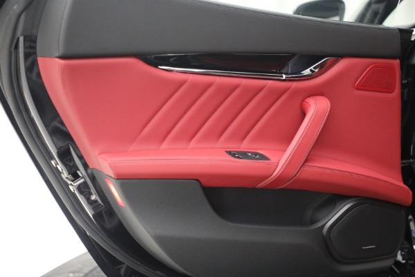 New 2021 Maserati Quattroporte S Q4 for sale $119,589 at Bugatti of Greenwich in Greenwich CT 06830 26
