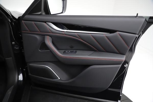 New 2021 Maserati Levante Q4 GranSport for sale $92,735 at Bugatti of Greenwich in Greenwich CT 06830 24