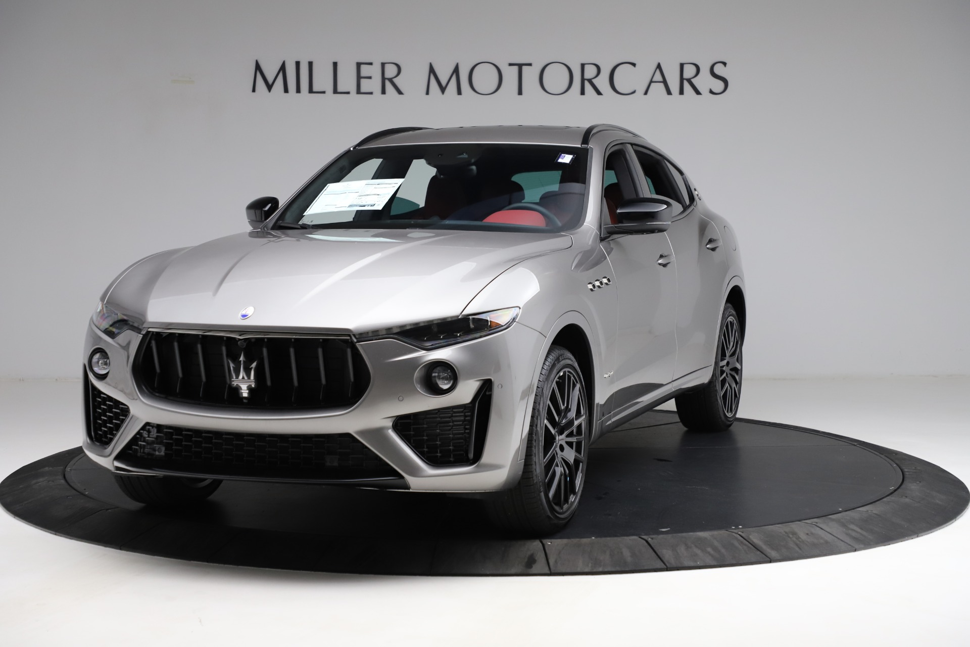 New 2021 Maserati Levante Q4 GranSport for sale $93,685 at Bugatti of Greenwich in Greenwich CT 06830 1