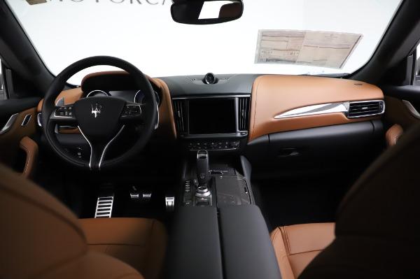 New 2021 Maserati Levante Q4 GranSport for sale $91,385 at Bugatti of Greenwich in Greenwich CT 06830 17