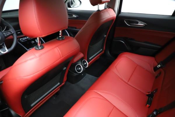 New 2021 Alfa Romeo Giulia Q4 for sale $48,535 at Bugatti of Greenwich in Greenwich CT 06830 18