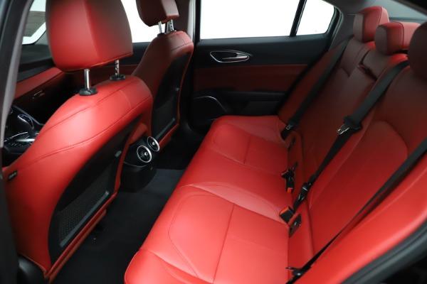 New 2021 Alfa Romeo Giulia Q4 for sale $48,535 at Bugatti of Greenwich in Greenwich CT 06830 20