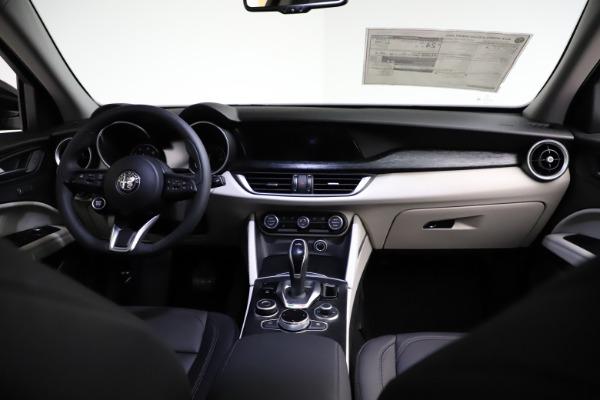 New 2021 Alfa Romeo Stelvio Q4 for sale $50,245 at Bugatti of Greenwich in Greenwich CT 06830 16