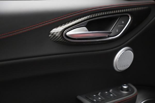 New 2021 Alfa Romeo Giulia Quadrifoglio for sale $83,740 at Bugatti of Greenwich in Greenwich CT 06830 27