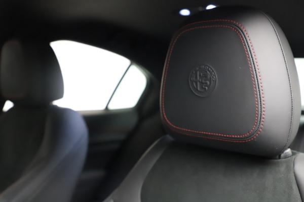 New 2021 Alfa Romeo Giulia Quadrifoglio for sale $83,740 at Bugatti of Greenwich in Greenwich CT 06830 28