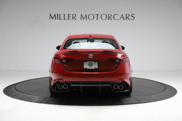 New 2021 Alfa Romeo Giulia Quadrifoglio for sale $83,740 at Bugatti of Greenwich in Greenwich CT 06830 4