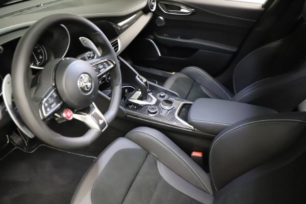 New 2021 Alfa Romeo Giulia Quadrifoglio for sale $83,200 at Bugatti of Greenwich in Greenwich CT 06830 12