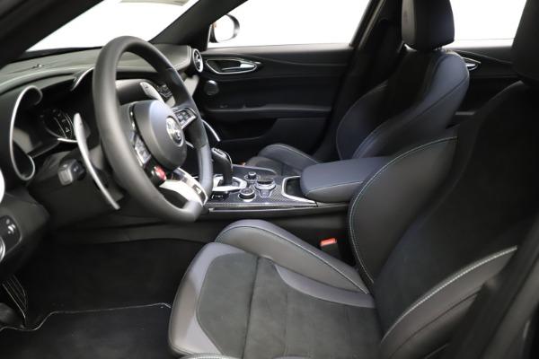 New 2021 Alfa Romeo Giulia Quadrifoglio for sale $83,200 at Bugatti of Greenwich in Greenwich CT 06830 13