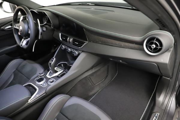 New 2021 Alfa Romeo Giulia Quadrifoglio for sale $83,200 at Bugatti of Greenwich in Greenwich CT 06830 20