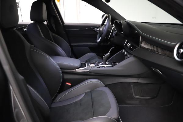New 2021 Alfa Romeo Giulia Quadrifoglio for sale $83,200 at Bugatti of Greenwich in Greenwich CT 06830 21