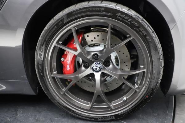 New 2021 Alfa Romeo Giulia Quadrifoglio for sale $83,200 at Bugatti of Greenwich in Greenwich CT 06830 27