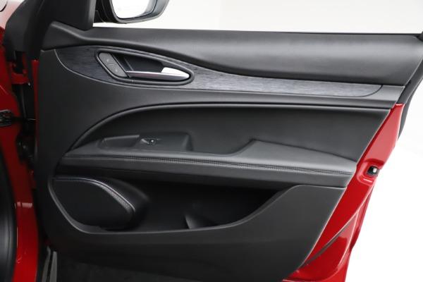 New 2021 Alfa Romeo Stelvio Sprint for sale $50,535 at Bugatti of Greenwich in Greenwich CT 06830 23
