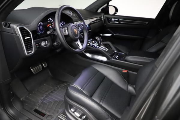 Used 2020 Porsche Cayenne Turbo for sale $145,900 at Bugatti of Greenwich in Greenwich CT 06830 18