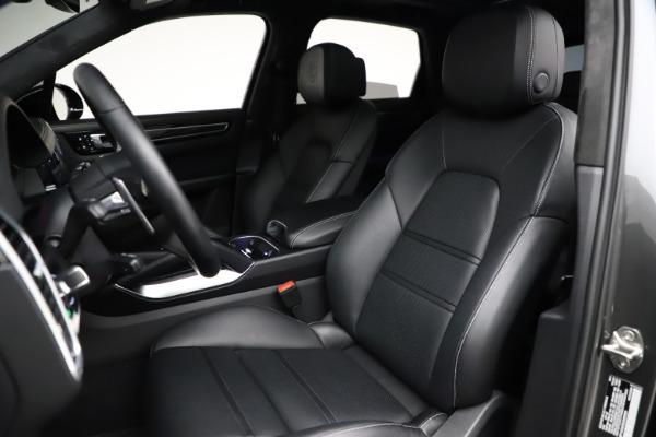Used 2020 Porsche Cayenne Turbo for sale $145,900 at Bugatti of Greenwich in Greenwich CT 06830 20
