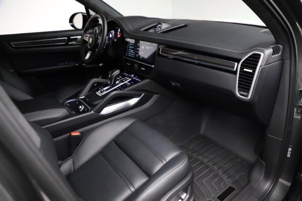 Used 2020 Porsche Cayenne Turbo for sale $145,900 at Bugatti of Greenwich in Greenwich CT 06830 22
