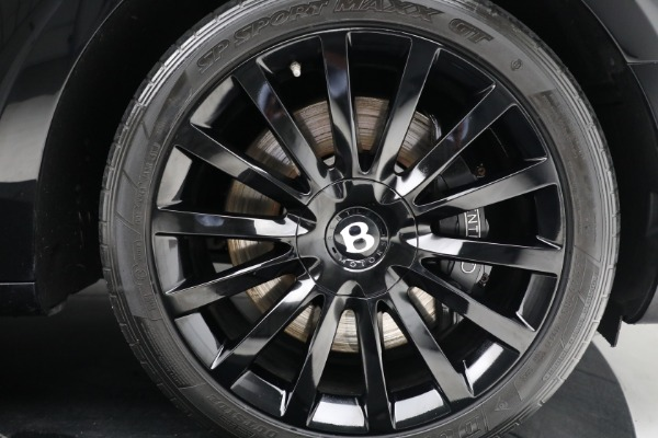 Used 2017 Bentley Mulsanne for sale $214,900 at Bugatti of Greenwich in Greenwich CT 06830 14
