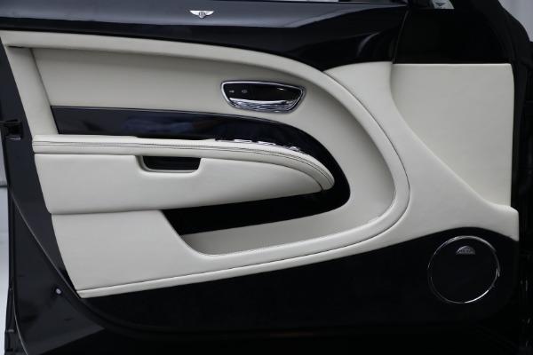Used 2017 Bentley Mulsanne for sale $214,900 at Bugatti of Greenwich in Greenwich CT 06830 16