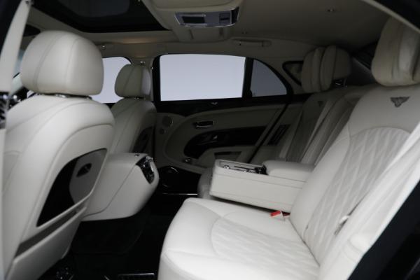 Used 2017 Bentley Mulsanne for sale $214,900 at Bugatti of Greenwich in Greenwich CT 06830 23