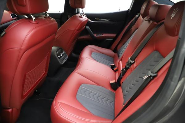 Used 2018 Maserati Ghibli SQ4 GranLusso for sale $55,900 at Bugatti of Greenwich in Greenwich CT 06830 14