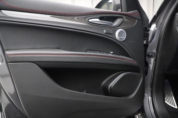 New 2021 Alfa Romeo Stelvio Quadrifoglio for sale $91,750 at Bugatti of Greenwich in Greenwich CT 06830 17