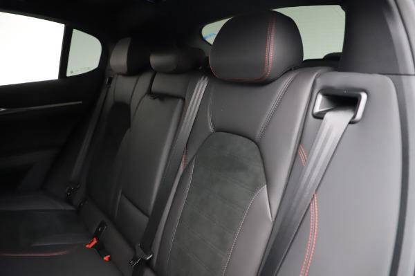 New 2021 Alfa Romeo Stelvio Quadrifoglio for sale $91,750 at Bugatti of Greenwich in Greenwich CT 06830 18