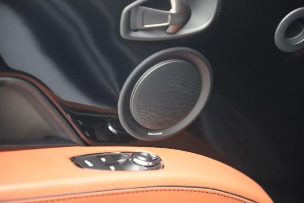 Used 2019 Aston Martin DBS Superleggera for sale $279,990 at Bugatti of Greenwich in Greenwich CT 06830 17