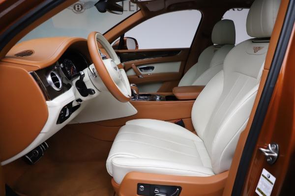 Used 2018 Bentley Bentayga Onyx Edition for sale $149,900 at Bugatti of Greenwich in Greenwich CT 06830 18