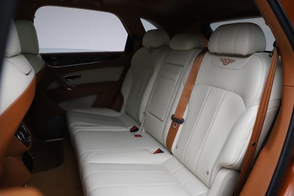 Used 2018 Bentley Bentayga Onyx Edition for sale $149,900 at Bugatti of Greenwich in Greenwich CT 06830 23