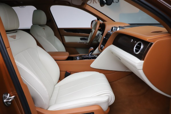 Used 2018 Bentley Bentayga Onyx Edition for sale $149,900 at Bugatti of Greenwich in Greenwich CT 06830 26