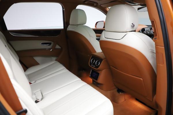 Used 2018 Bentley Bentayga Onyx Edition for sale $149,900 at Bugatti of Greenwich in Greenwich CT 06830 28