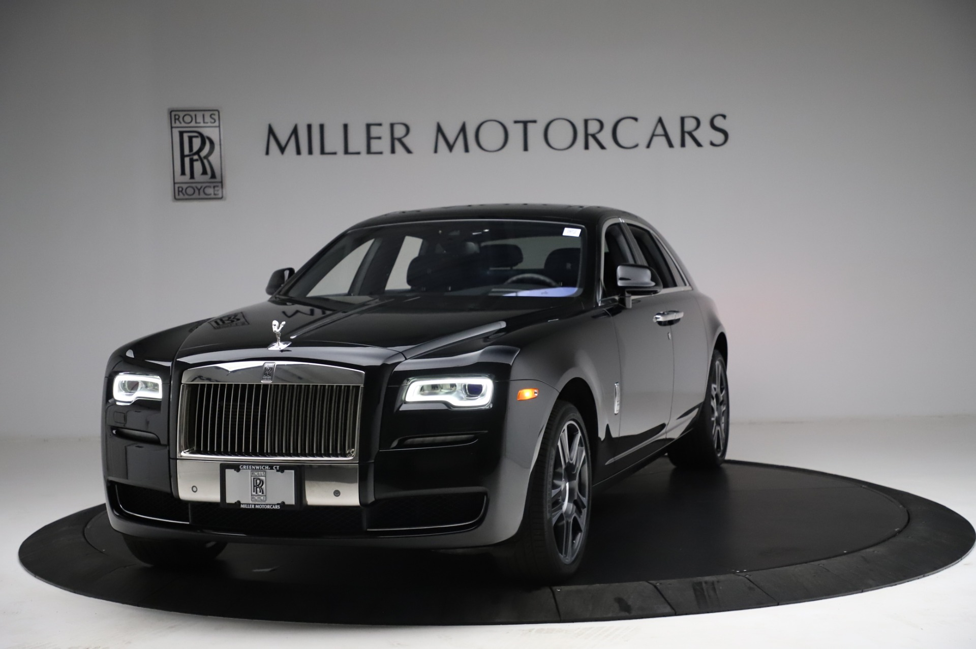 Used 2017 Rolls-Royce Ghost for sale $209,900 at Bugatti of Greenwich in Greenwich CT 06830 1